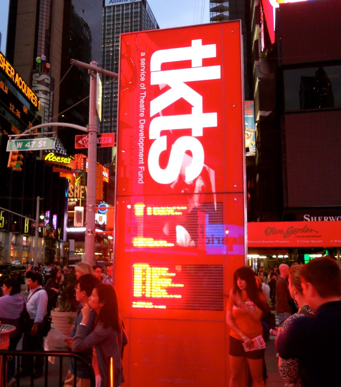 Find Discounted Broadway Show Tickets At The Tkts Booth Located In Times Square A 10 Minute Walk From The Empire Nyc Tourism Broadway Show Tickets Broadway