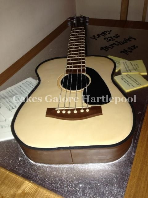Pin By Sharon On Cakes Cupcakes Cake Pops Guitar Cake Music Themed Cakes Guitar