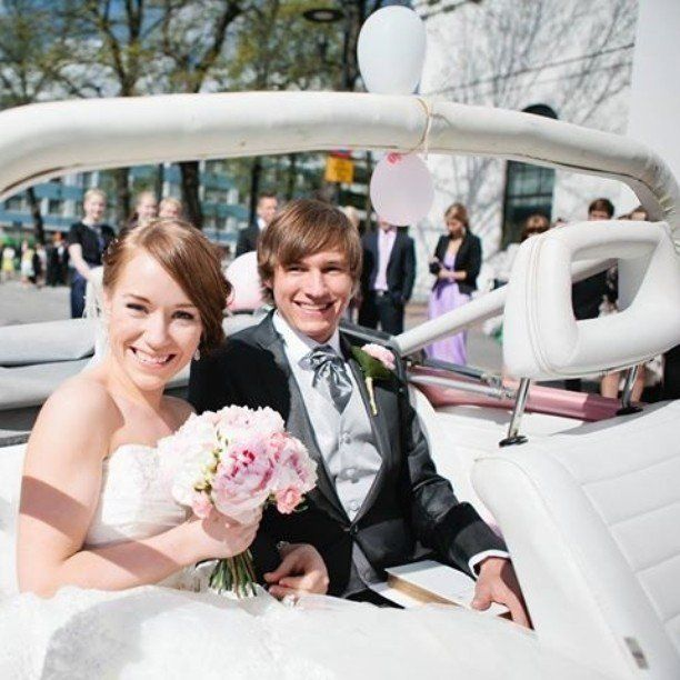 #keramiikkahäät #neljävuottasitten #hääpäivä #190512 #anniversary #ourwedding #happilyeverafter #vwbeetle #hämeen https://t.co/t9F8MSxJko May 19 2016 at 08:33AM