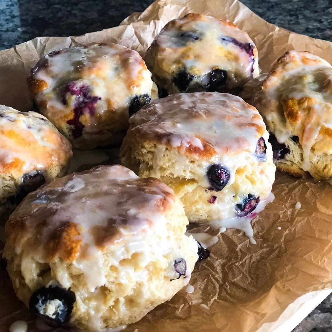 Taste Of Home On Instagram These Bo Berry Biscuits Are Giving Bojangles A Run For Their Money Ge In 2020 Bo Berry Biscuits Buttermilk Biscuits Recipe Biscuit Recipe