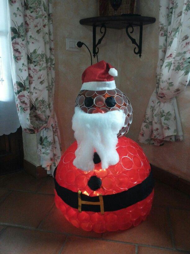Babbo Natale Fatto Con I Bicchieri Di Plastica.Babbo Natale Con Bicchieri Di Plastica Fai Da Te