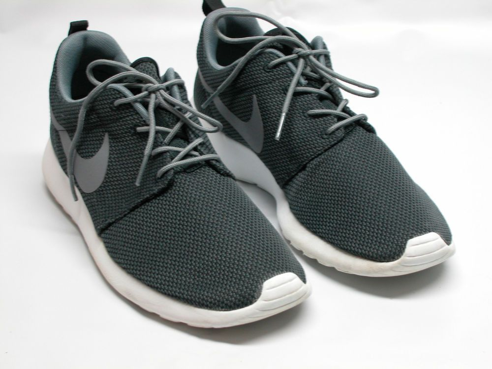 newest 7f1cc 1bf13 Nike Roshe Run 511881-011 Sz Mens 10 Black Gray White GREAT CONDITION!  Nike AthleticSneakers