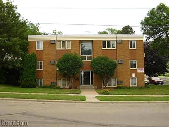 Dodd Place 785 Dodd Rd West St Paul Mn 55118 Rent Com Apartments For Rent Places House Styles