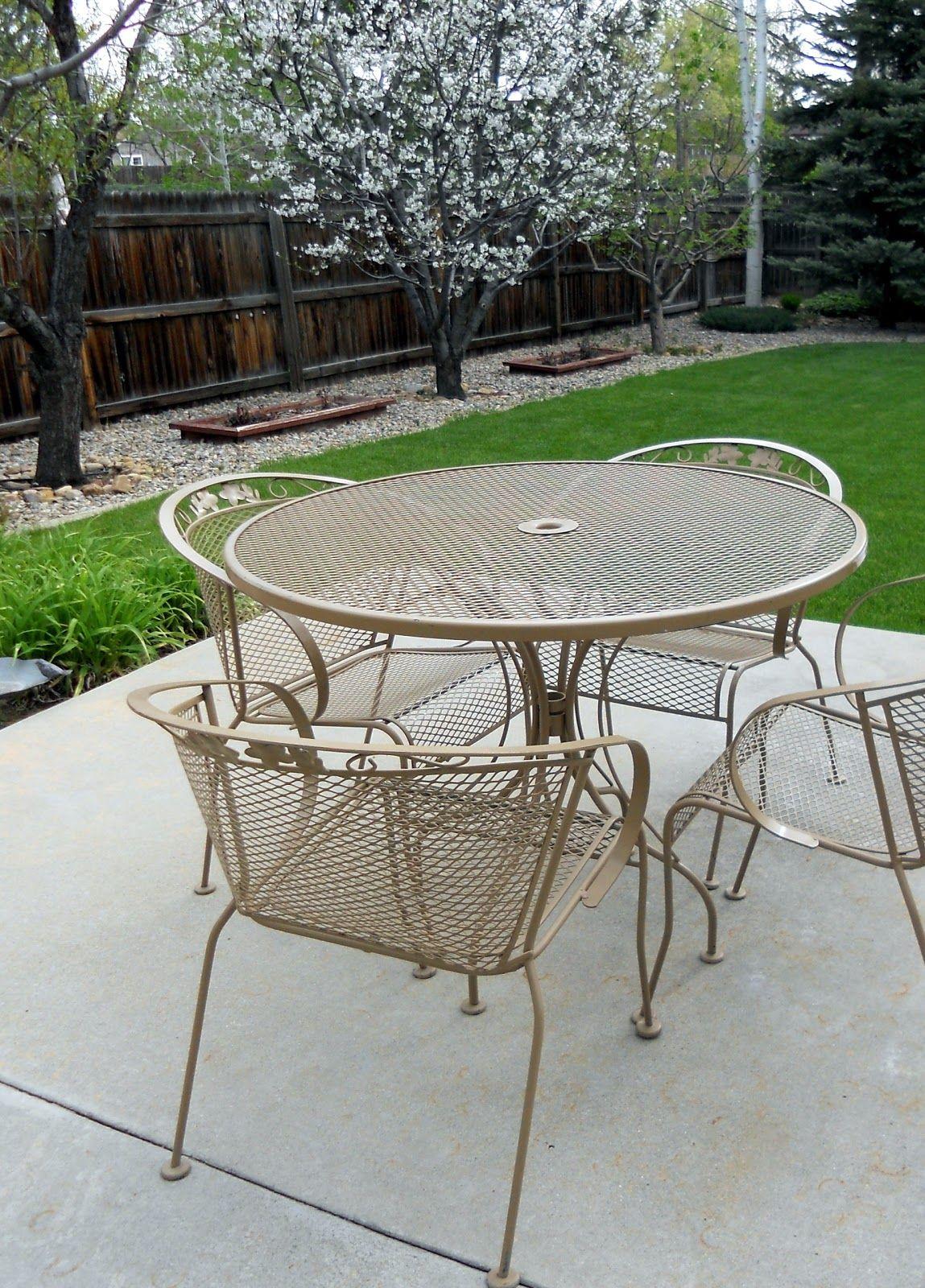 refurbishing wrought iron furniture