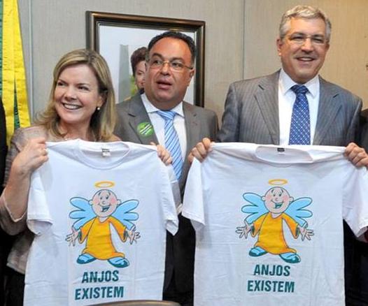 """Operação Lava Jato: """"anjinhos"""" petistas negam ter ajudado doleiro a pegar dinheiro no Ministério da Saúde."""