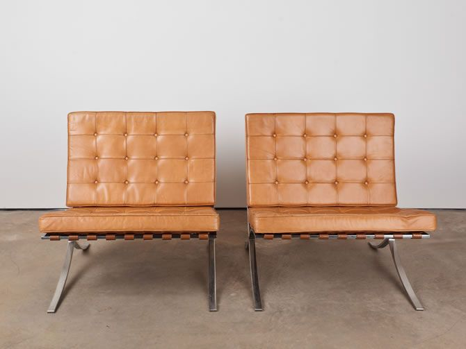 barcelona chair leather chairs for dining room table knoll in original camel paired with a gray sofa or club