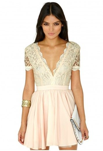 0172cf1c2b7 Missguided - Aleena Lace Plunge Neck Puffball Dress In Nude ...