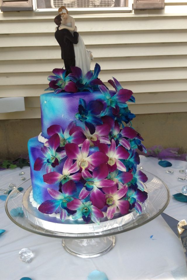 Wedding Cake Two Circle Tiers Bright Blue And Purple Color Mix With