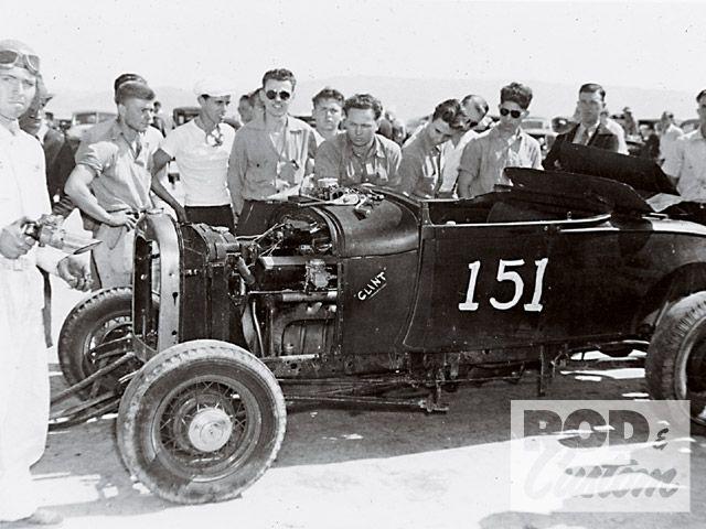 Hot Rod Roadster Dry Lake In California Desert V16 Roadster 1940