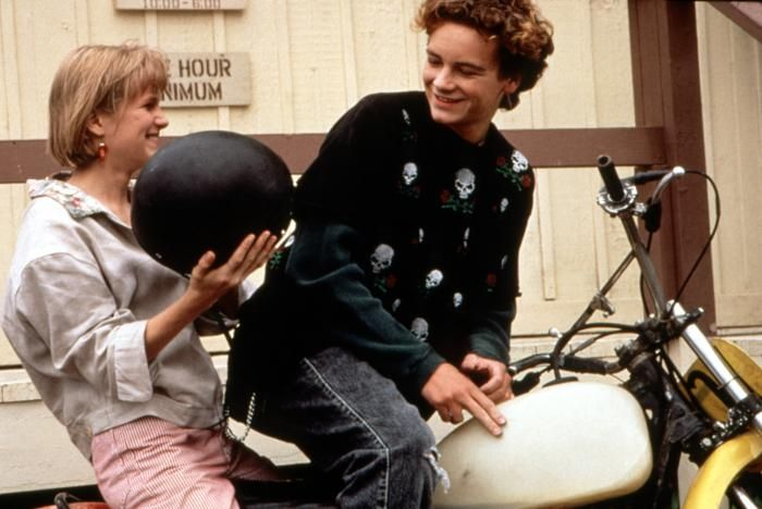 danny masterson lookin cuute in beethovens 2nd t h e