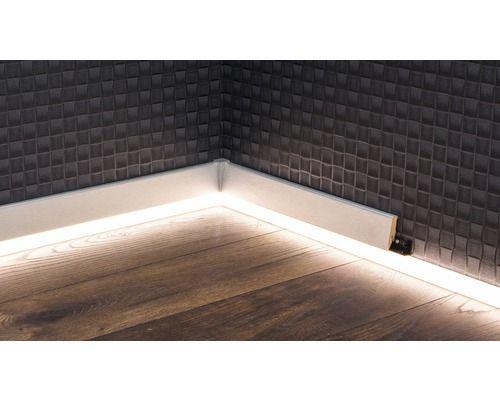 Led Kanal Fur Led Sockelleiste Opal 22x2500 Mm Bei Hornbach Kaufen Sockelleisten Beleuchtungskonzepte Led