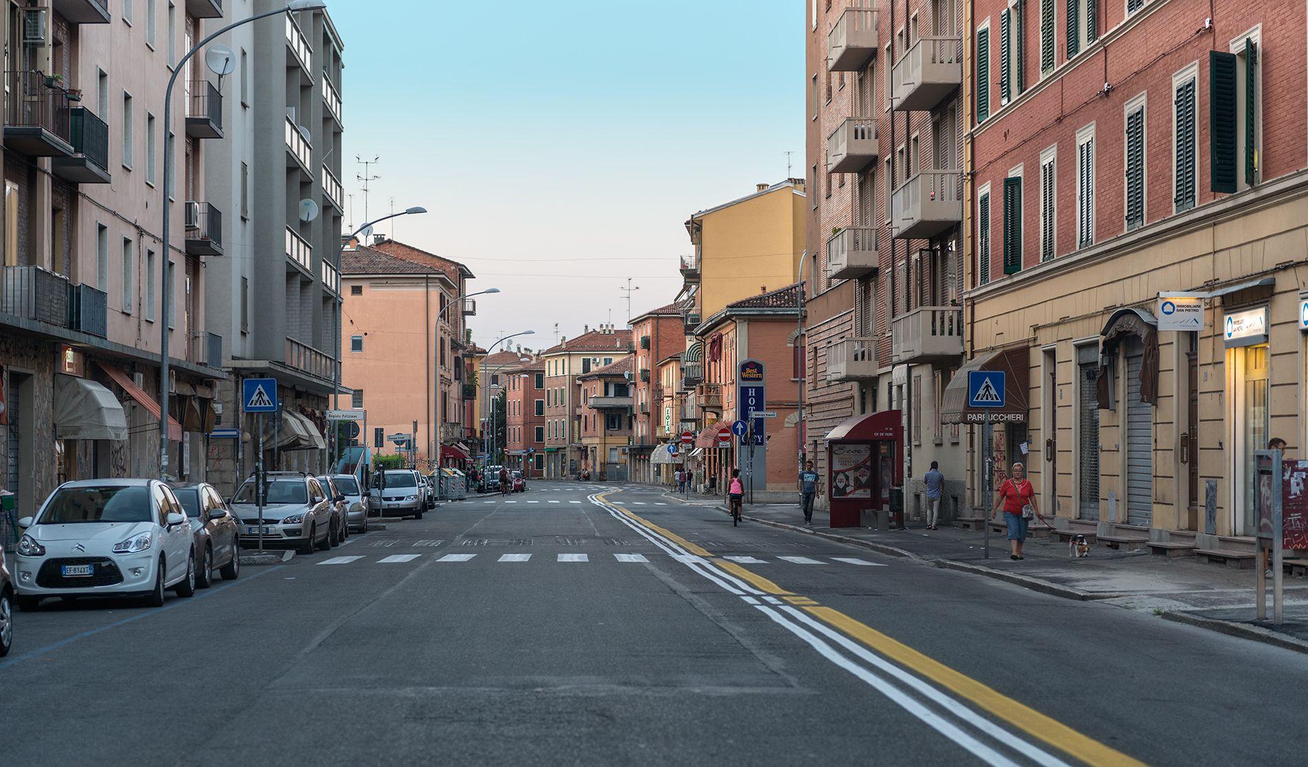 Bolonia (Italia)