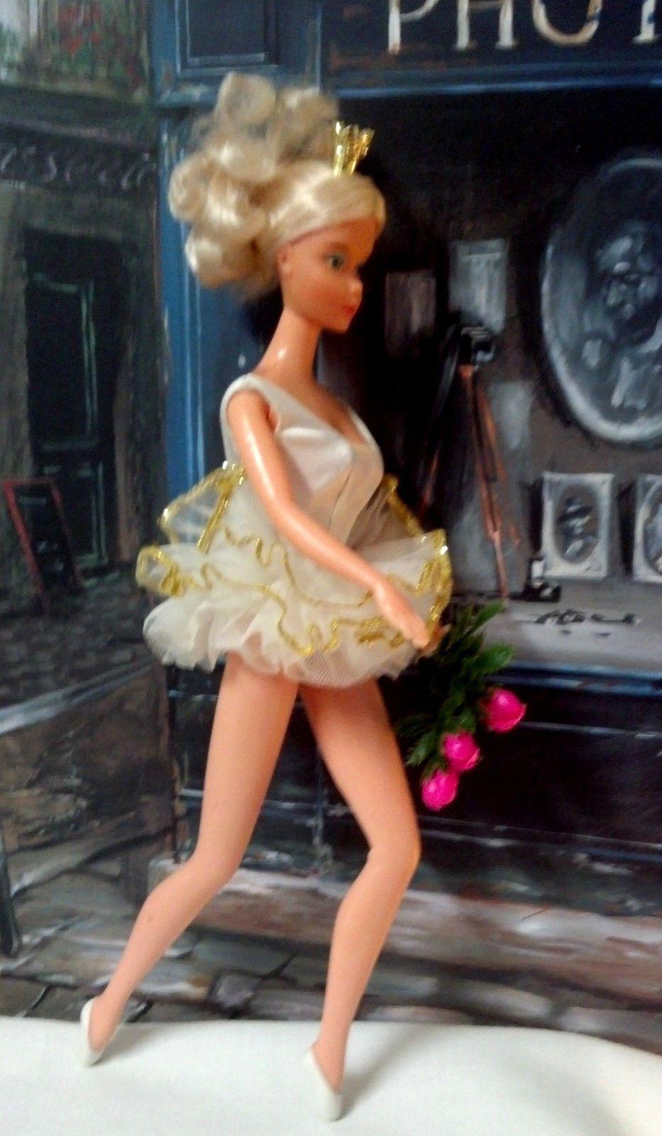 Details about #9093 Vintage Ballerina Barbie doll 1976 USED