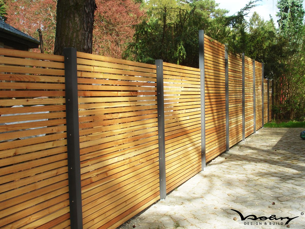 Slatted wooden fencing with metal posts | Garden Details | Pinterest ...