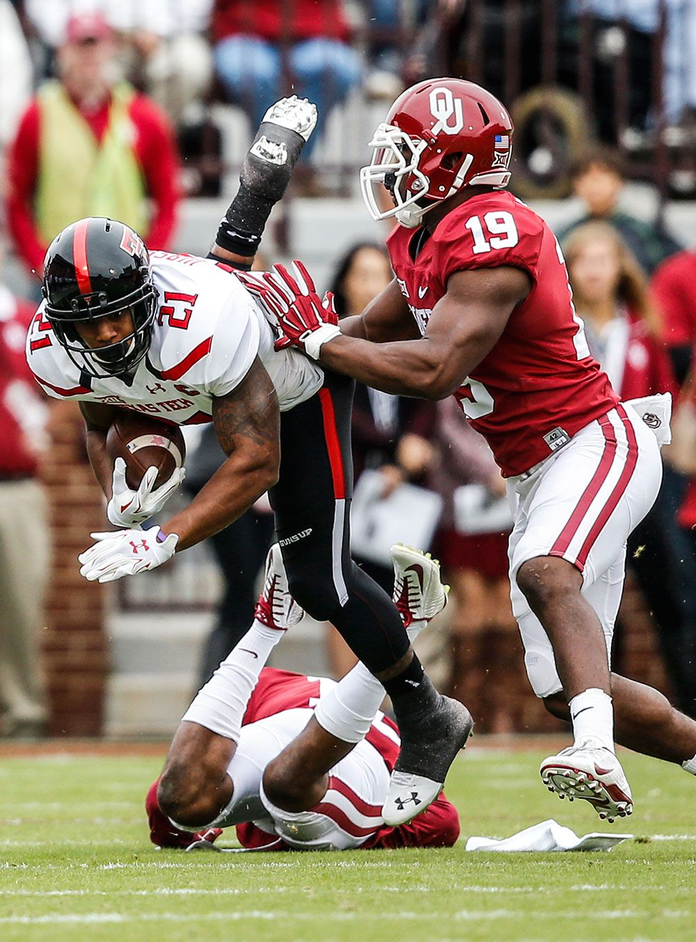 College football photos Best images from Week 8 games
