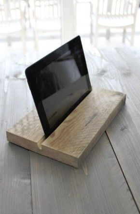 DIY Ipad Holder | Badkamer-ideeën | Pinterest - Tablet houder, Hout ...