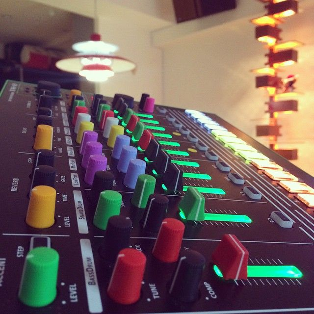 more colored faces for Roland Aira