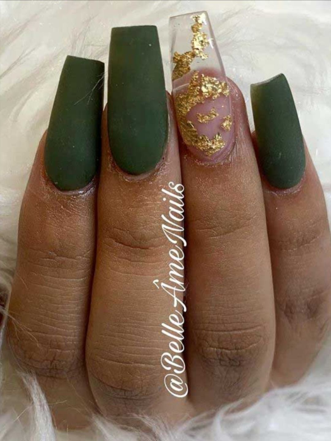 Dark Green Nails Ideas To Consider For 2020 Stylish Belles Dark Green Nails Green Nails Green Nail Designs