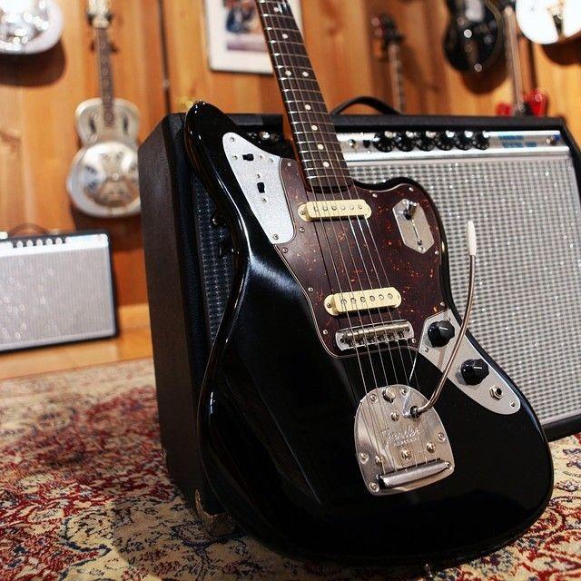 new guitar day for johnnymarrgram a custom color fender johnny marr jaguar black with. Black Bedroom Furniture Sets. Home Design Ideas