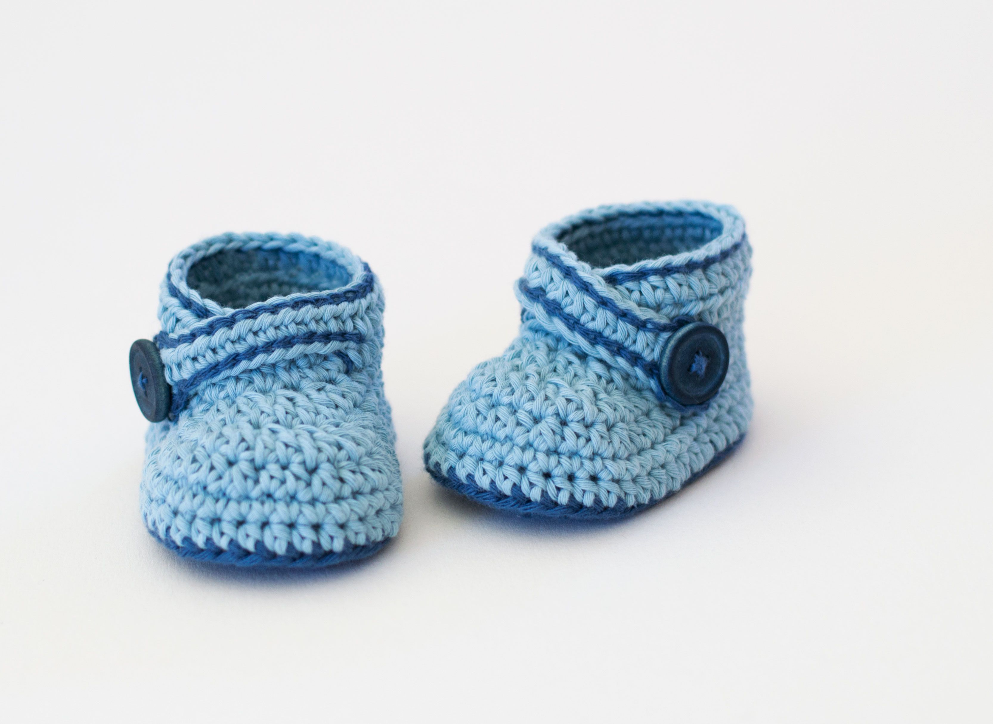 Crochet Baby Booties Blue Whale by Croby Patterns