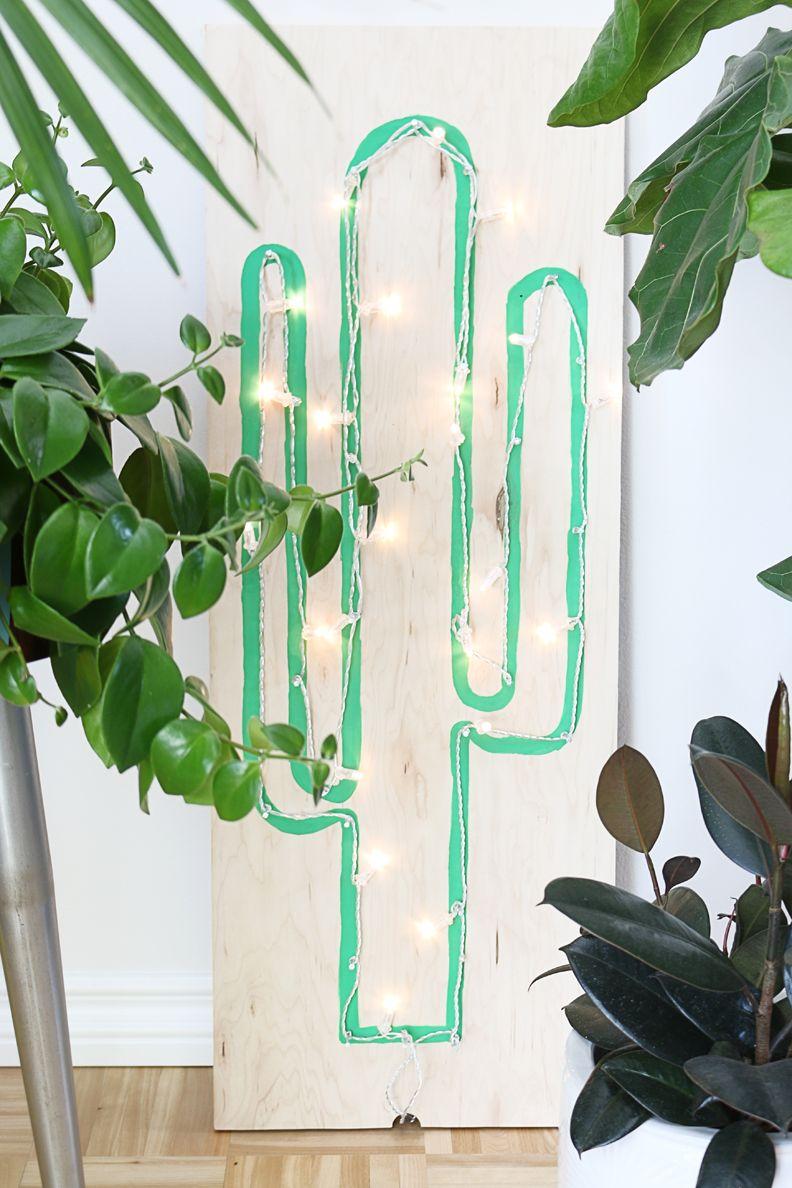 DIY Faux Neon Cactus Light Using String Lights   Hello Lidy