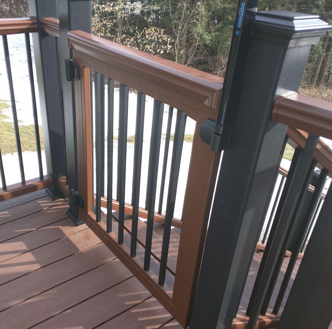 Rockland Trex Deck Gates / TimberTech Deck Gates / Fiberon