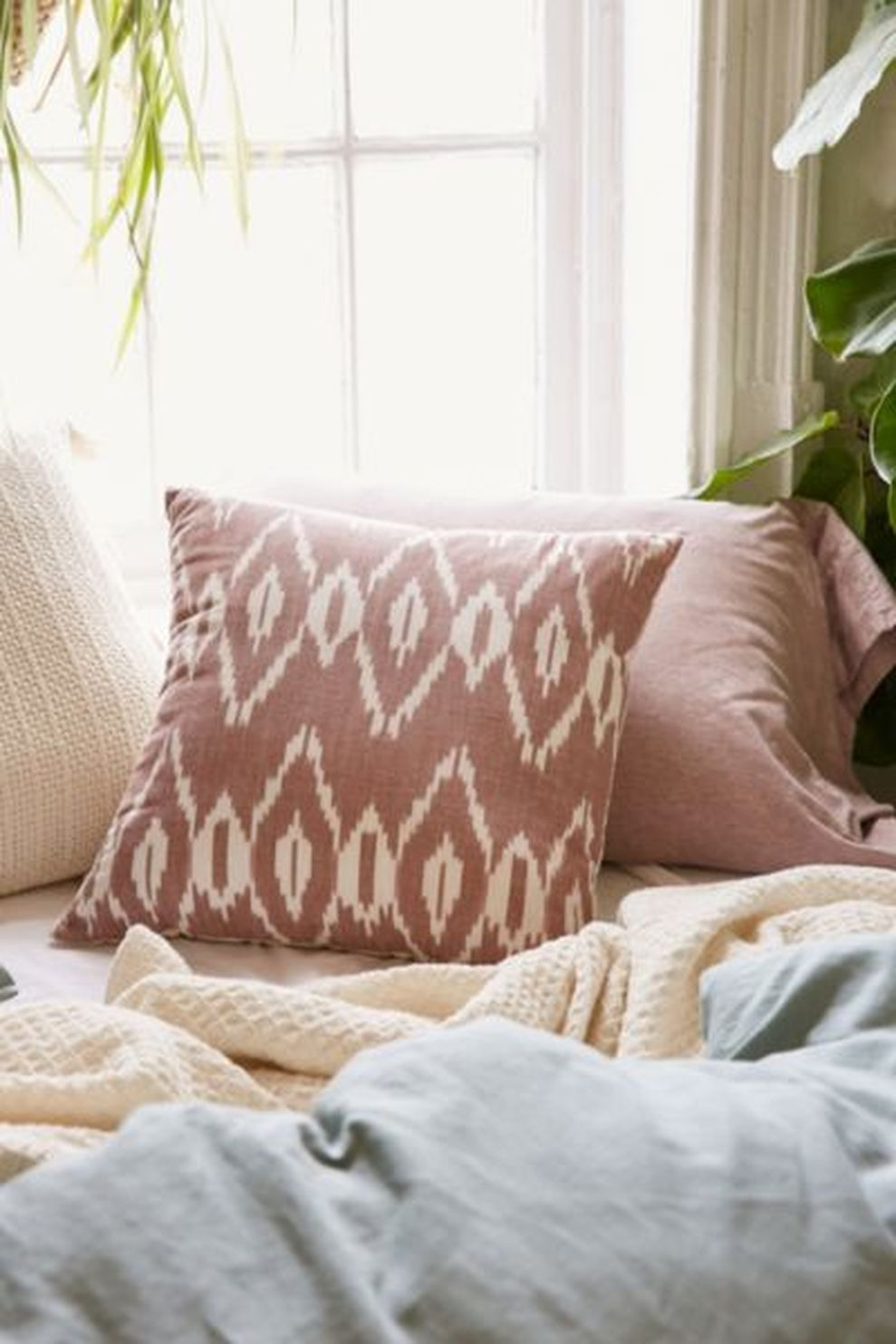 amazing diy throw pillow ideas for your living room diy throws