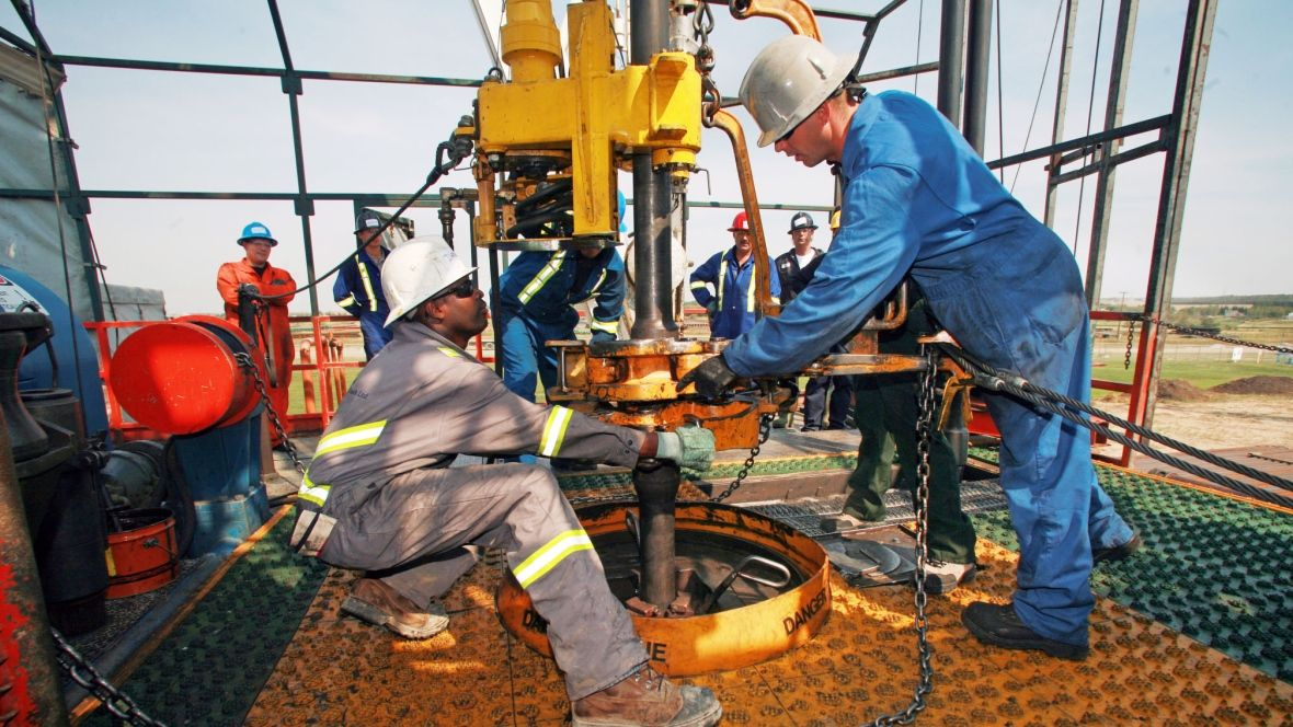 nice Junior oil and gas sector shrinks as publiclytraded