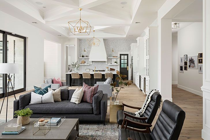 Arizona home that every family dreams of | Living room white, Cozy ...