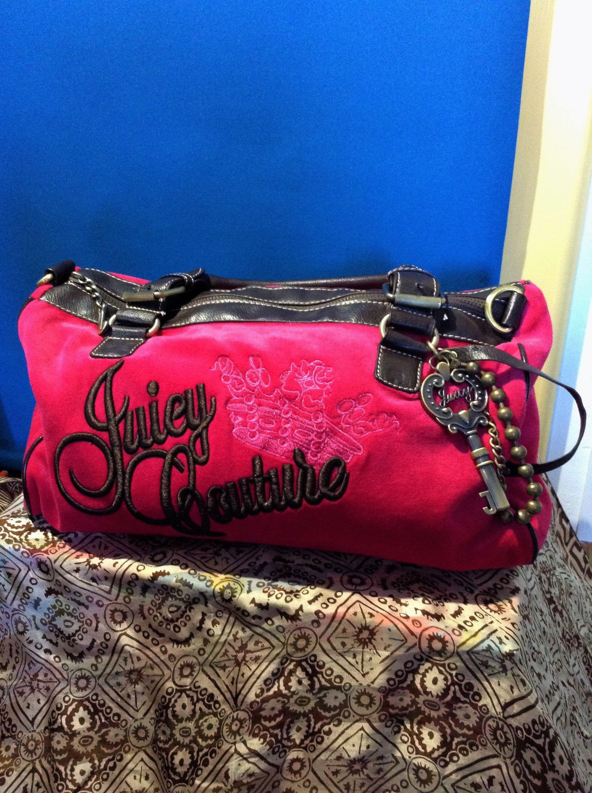 Juicy Couture Handbag Pink And Brown Vintage Leather Cloth Bag Charms Tote Bag Shoulder Bag Gift With Images Juicy Couture Handbags Juicy Couture Bags Handbags Louis Vuitton Handbags