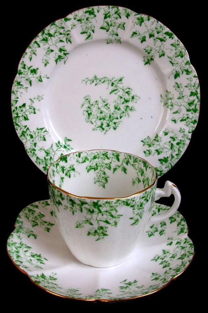 RARE ANTIQUE SHELLEY LATE FOLEY SCALLOPED IVY TRIO CUP SAUCER PLATE