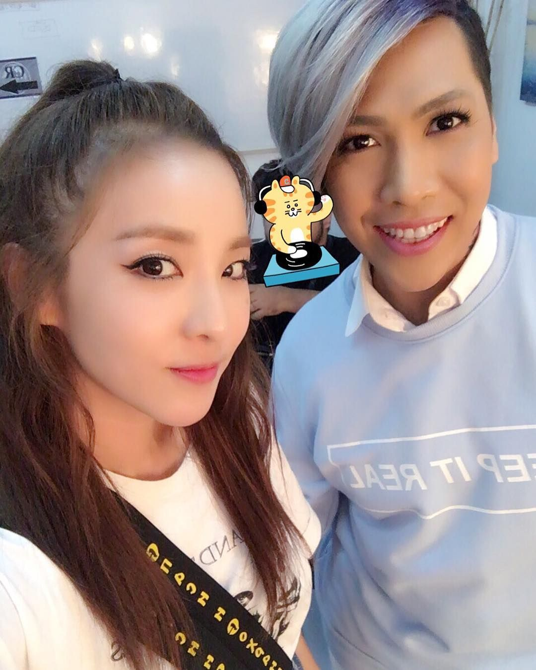 sandara park of 2ne1 with filipino celebrity vice ganda | 2ne1