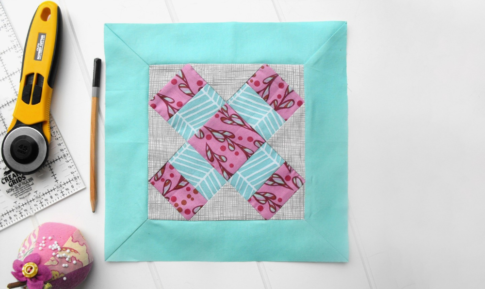Your Gorgeous Quilt Deserves A Pretty Mitered Border Quilts Quilt Border Sewing Mitered Corners