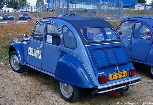blue gauloises citro n 2cv voitures fran aises pinterest 2cv cv et voitures. Black Bedroom Furniture Sets. Home Design Ideas