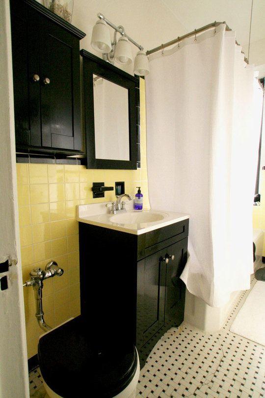 Old House Habits Die Hard Yellow Bathroom Tiles Yellow Bathrooms Yellow Bathroom Decor