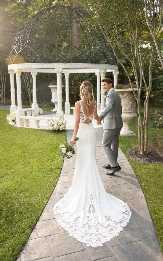 Photo of Sexy wedding dress with an opaque open back – Stella York Wedding Dresses