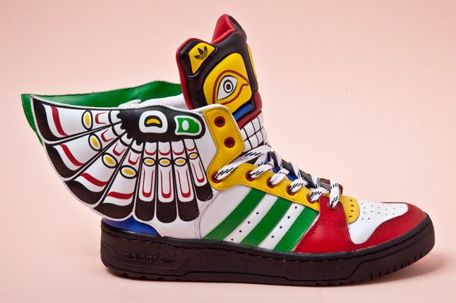 JEREMY SCOTT x ADIDAS ORIGINALS JS WINGS TOTEM