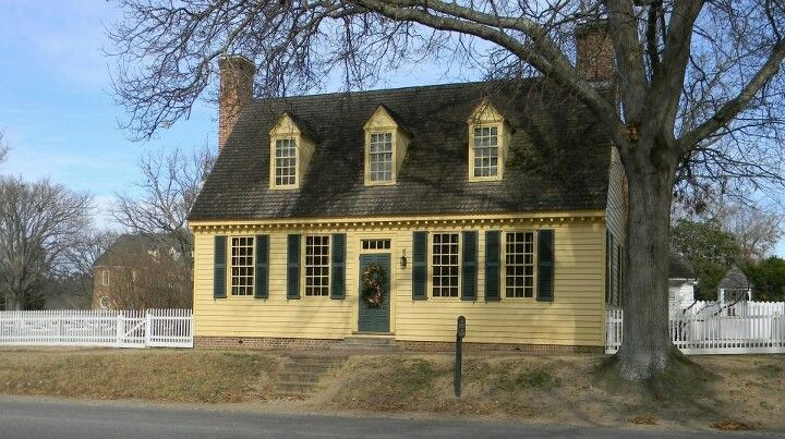 Williamsburg Yellow House Colonial House Colonial Williamsburg Virginia Colonial Williamsburg