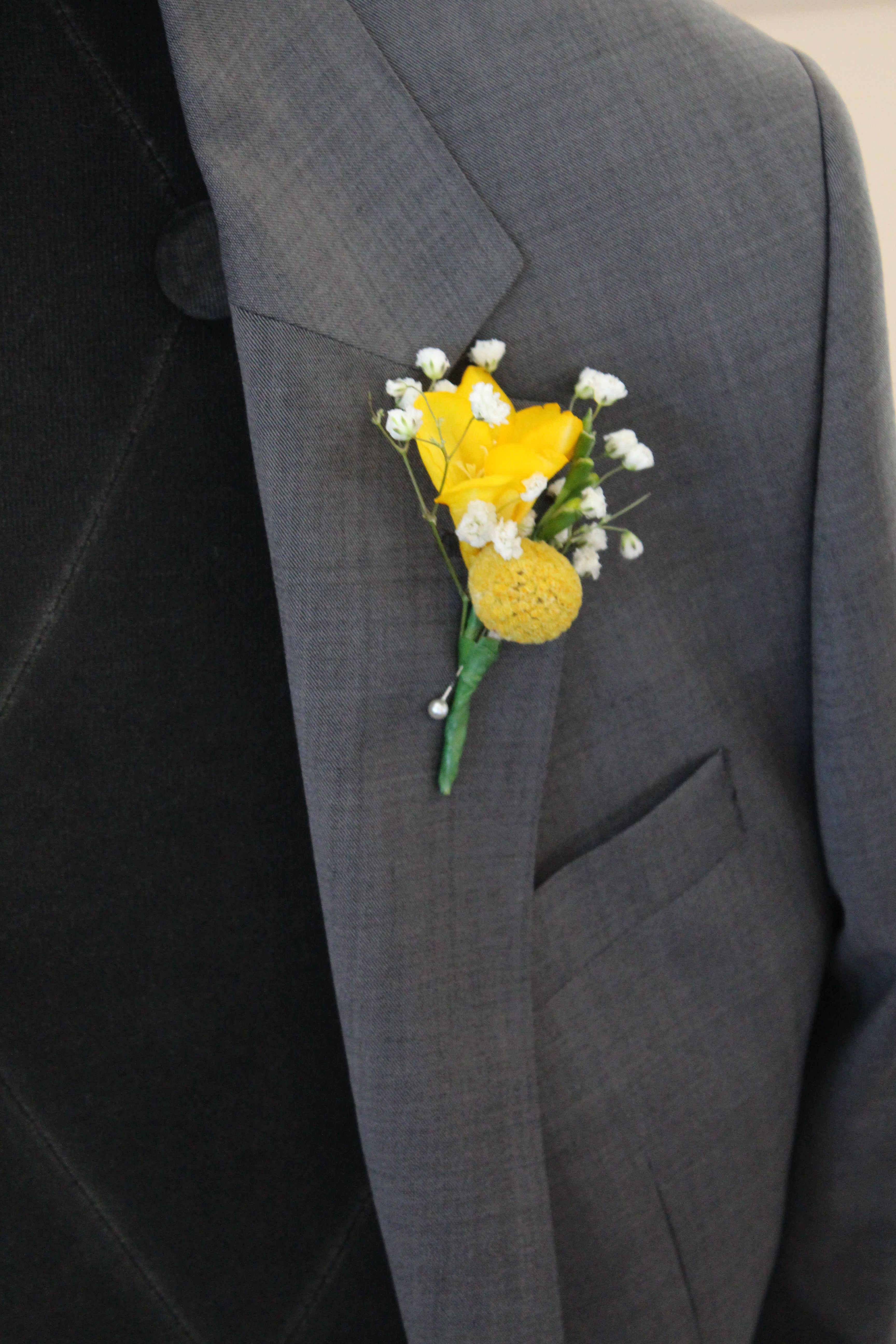 Yellow Freesia Billy On And Baby S Breath Onhole By Jewel Phon Flowers Www