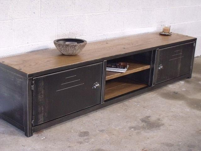 Meuble tv bois m tal sur mesure meuble industriel tvs for Meuble facon industriel