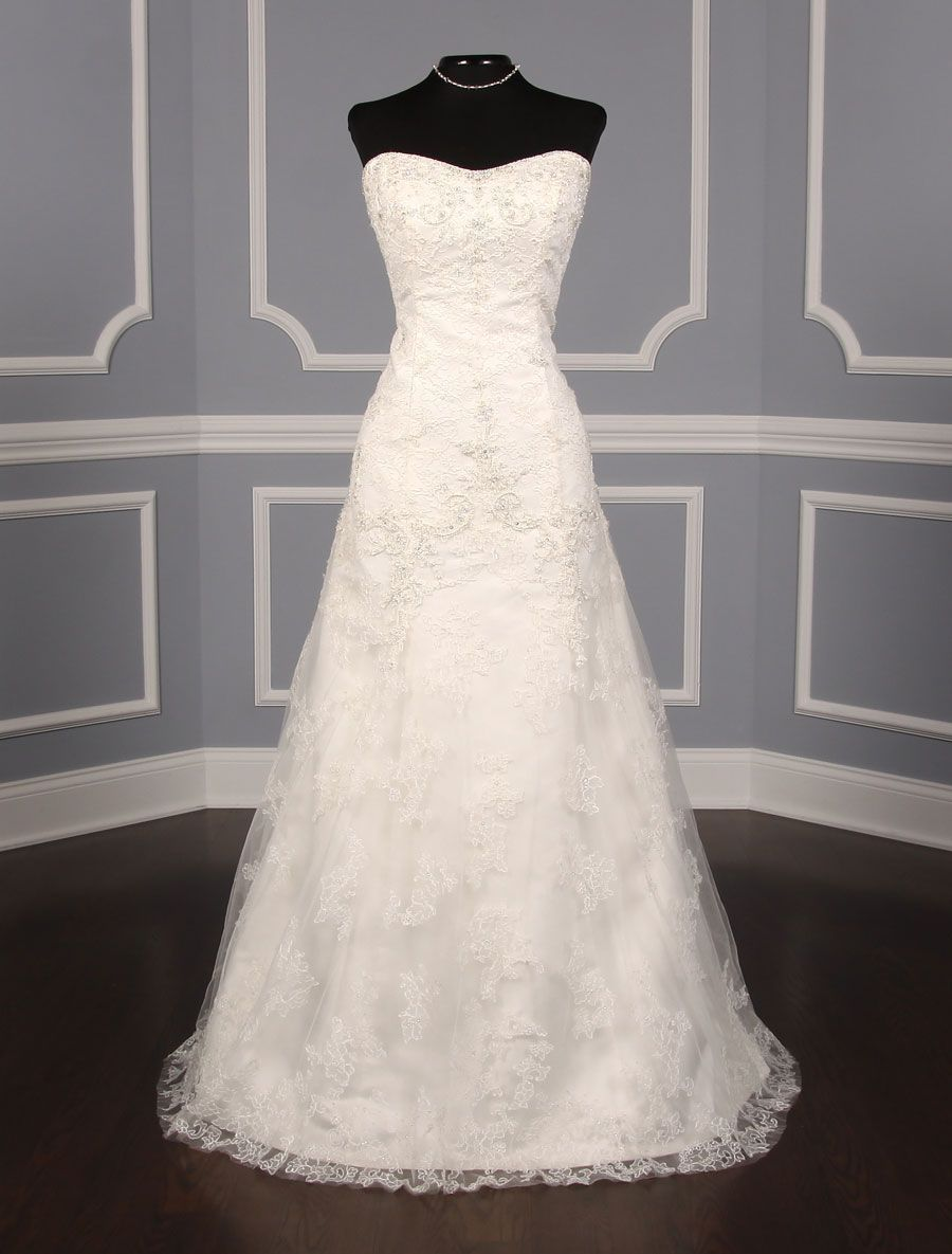This extremely elegant casablanca wedding dress that is