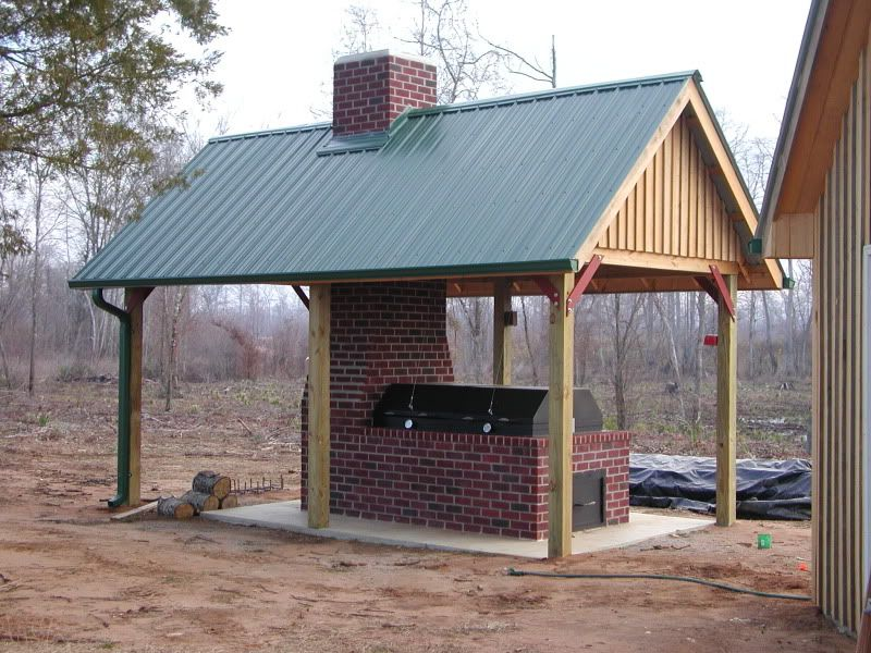 Walk in smoke house brick smoker georgia outdoor news for Deep pit bbq construction