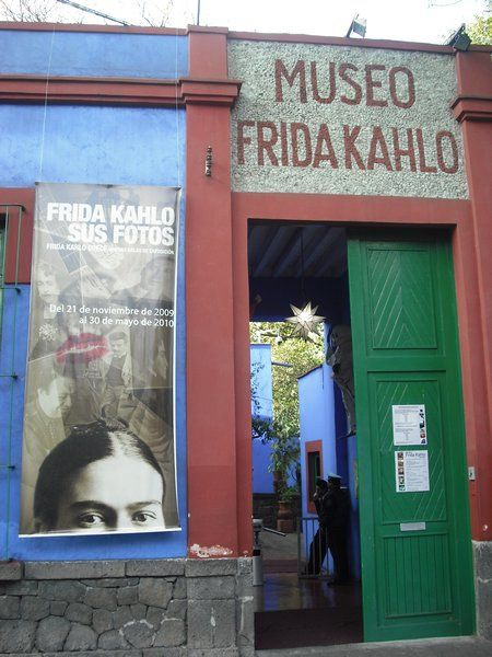 Museo Frida Kahlo La Casa Azul Photo Frida And Diego Diego Rivera Diego Rivera Frida Kahlo