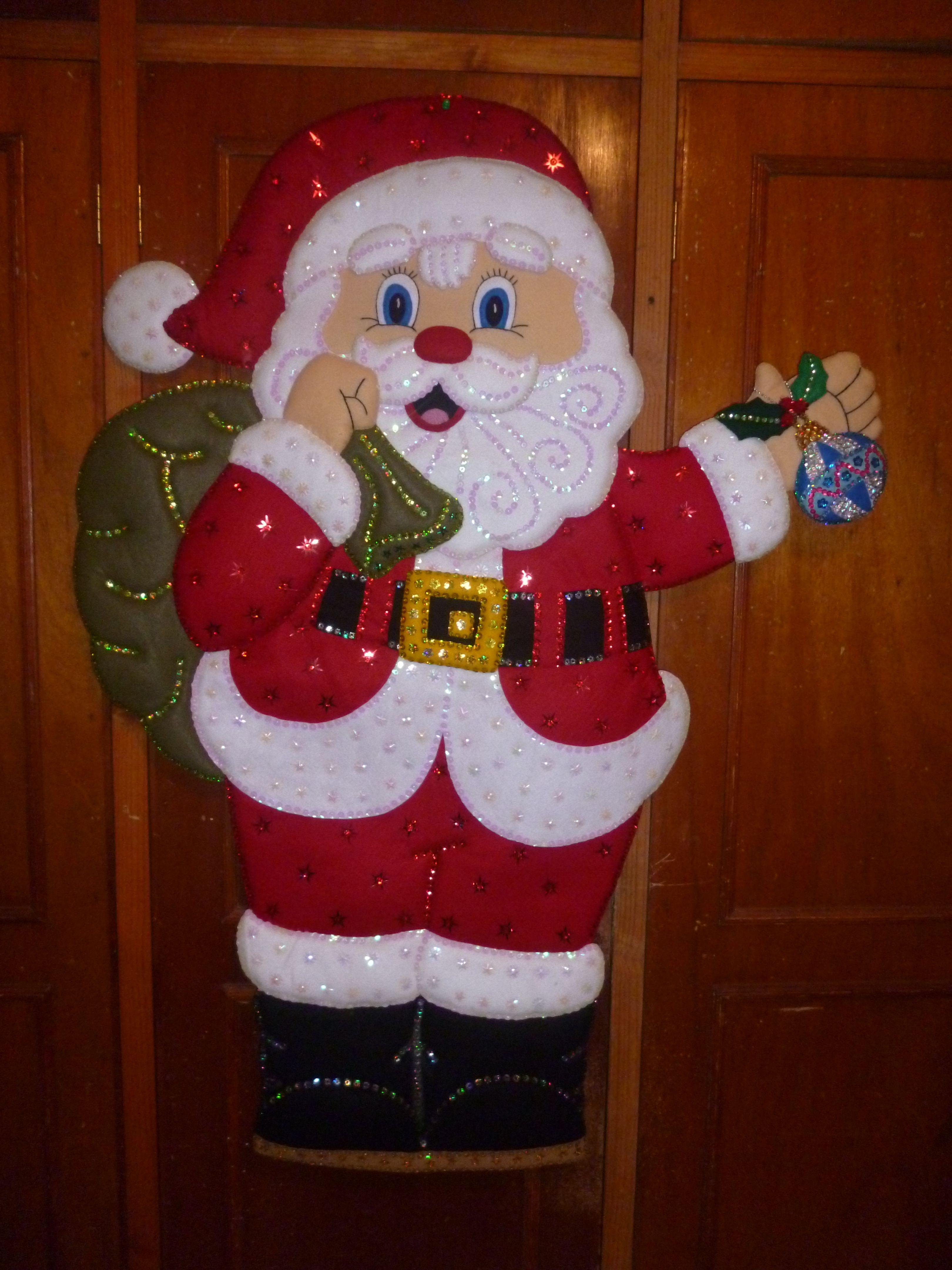 603 santa gde con esferas ideas para el hogar for Puertas decoradas santa claus