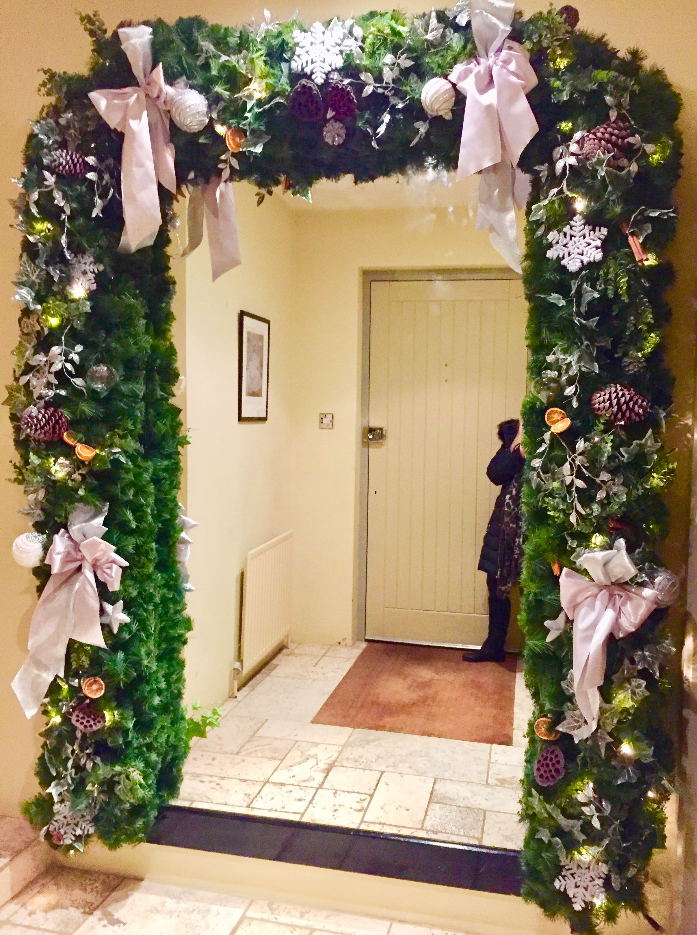 christmas archway decoration