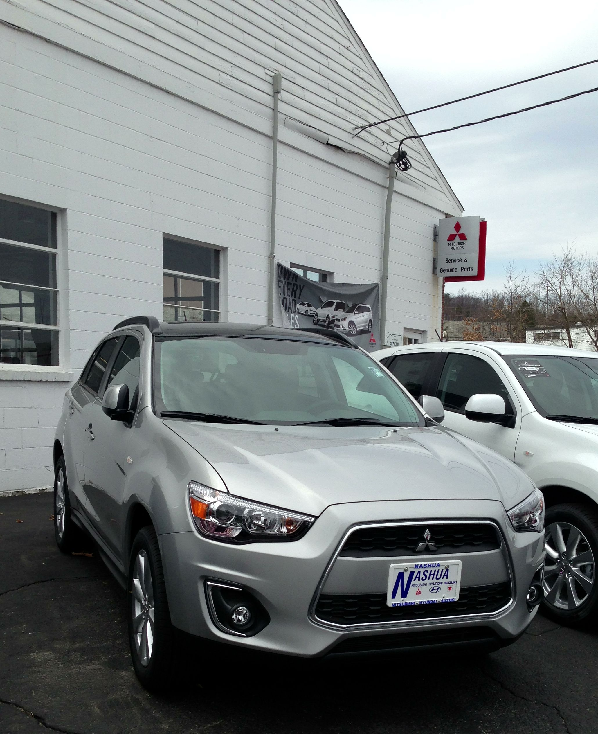 Sport with Panoramic Roof Mitsubishi outlander sport