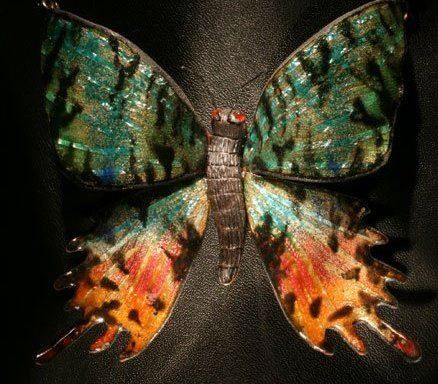 Butterfly necklace with enamels www.traccedistoria.com Handmade by Antonio Migliozzi