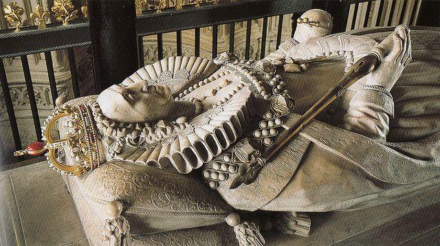 Tomb Effigy Of Elizabeth I Royalty Pinterest Effigy
