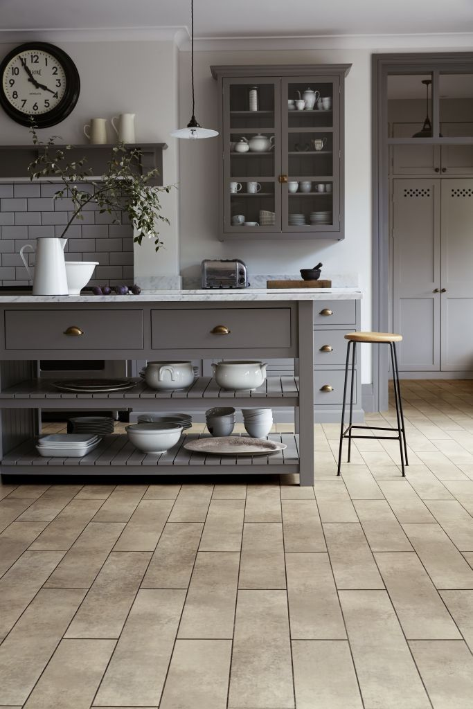 30+ Kitchen Floor Tile Ideas (Best of Remodeling Kitchen Tiles in Modern, Retro, and Vintage Style)
