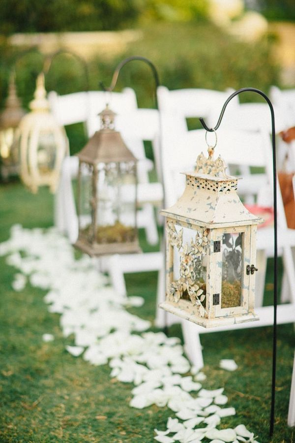 27 creative lanterns wedding aisle decor ideas weddings for Aisle decoration for wedding